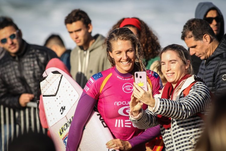 Stephanie Gilmore at the World Surfing Championship