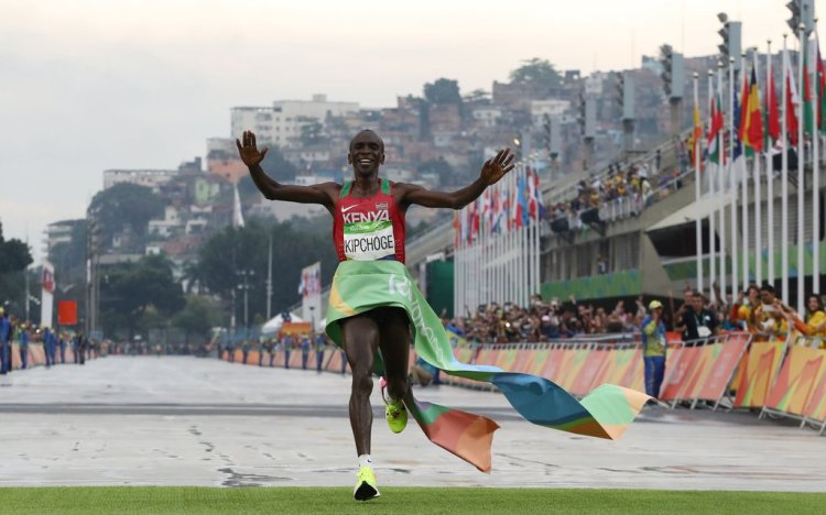 Eliud Kipchoge Wins the Rio 2016 Olympic Games Day in Brazil